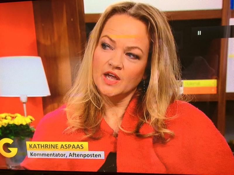 Endelig våger jeg å bruke rosa offentlig. Her hos God Morgen Norge i TV2.